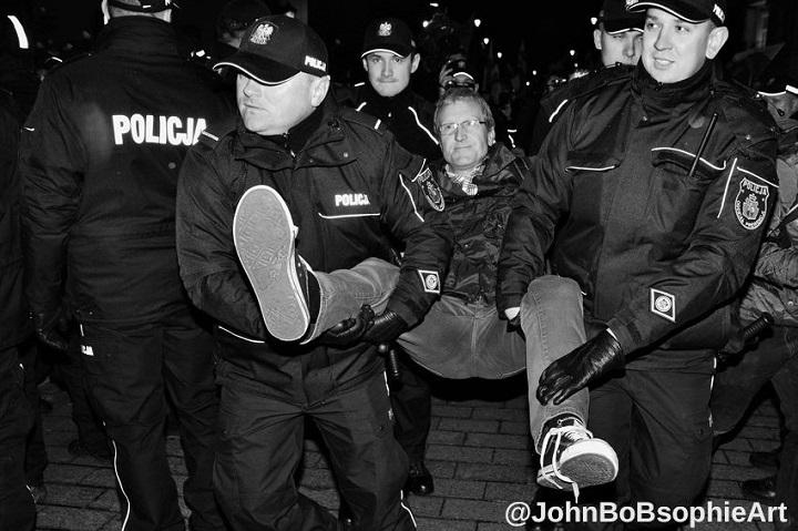 Policja wnosi zkontrmiesięcznicy Tadeusza Jakrzewskiego
