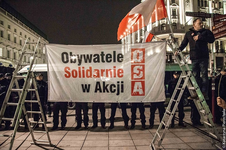 Obywatele Solidarnie wAkcji podczas 95. miesięcznicy smoleńskiej