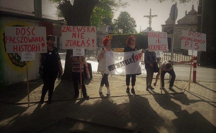 Obywatele RP w Lutyni na spotkaniu z minister Zalewską