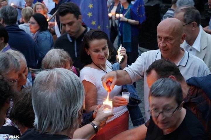 Europo, nieodpuszczaj. Manifestacja wWarszawie, 18.06.2018