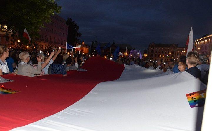 Demonstracja w obronie Sądu Najwyższego w Poznaniu, 3.07.2018