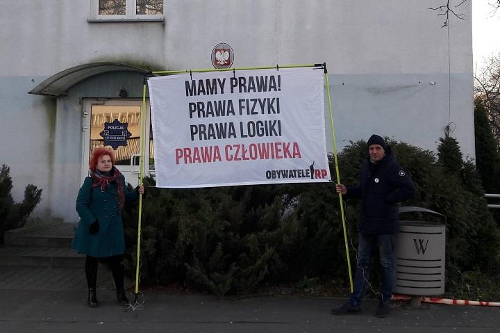 Pikieta przy ul.Trzemeskiej