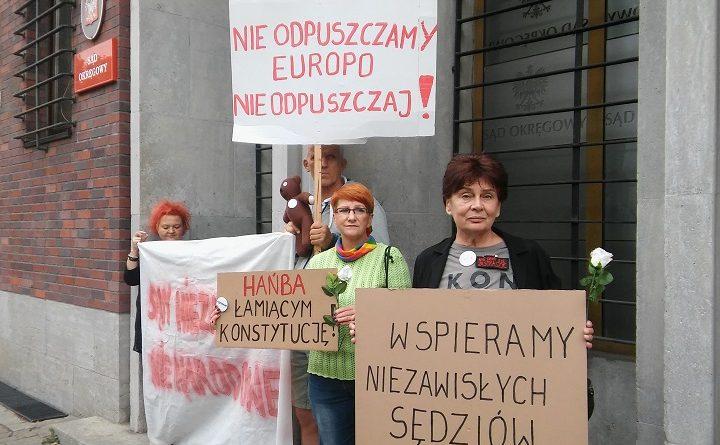 Pikieta Obywateli RP przed Sądem we Wrocławiu
