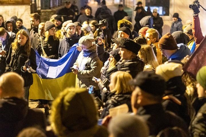 Demonstracja przedrosyjskim konsulatem wPoznaniu